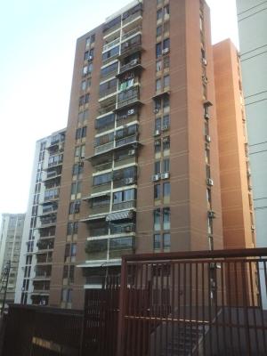 Alquilo amplio Apartamento en El Calvario, Guarenas
