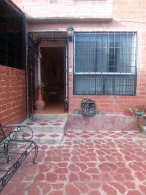 VENTA TOWN HOUSES EL ENCANTADO CARRETERA NACIONAL