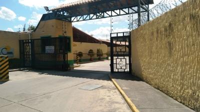 CASA EN LA URBANIZACIÓN CLUB DE CAMPO