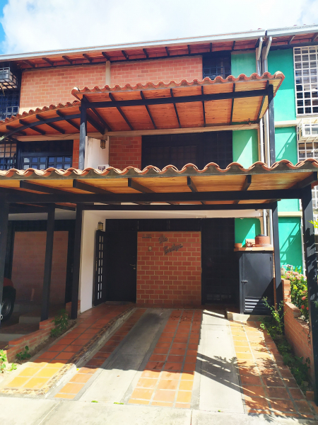Guarenas - Guatire - Casas o TownHouses