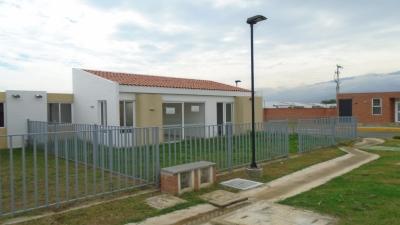 Fantástica casa en La Unidad Residencial Samanes del Castillo