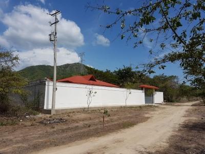 Gran Oportunidad de Inversión! Lote de terreno en Santa Marta en venta, con área de 913 M2