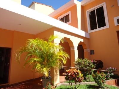 Exclusiva residencia en venta Cumbres de la Esmeralda