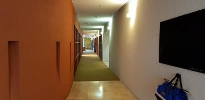CityMax Alquila oficina 1,732 m2 edificio Santa Elena AMUEBLADA