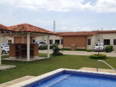 Casa en Concasa, Alajuela. De oportunidad!