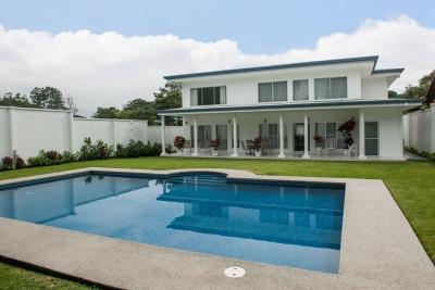 Casa en venta en Ciudad Colón