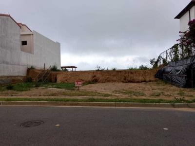 En venta terreno terraceado de 1500 Vrs2 frenta al parque ubicado en Los Sueños