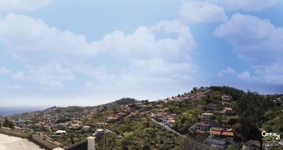 Moradia V3. Santo António, Funchal