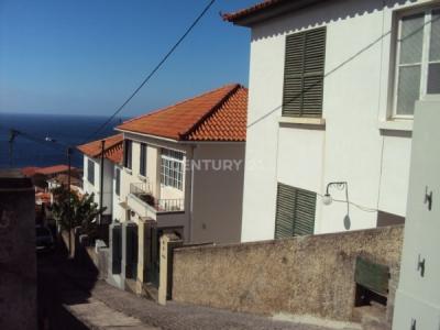 Moradia V4 em Funchal