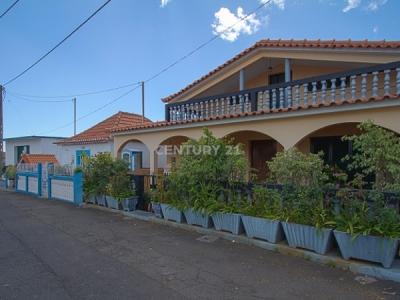 Moradia T3 isolada em Canhas, Ponta do Sol