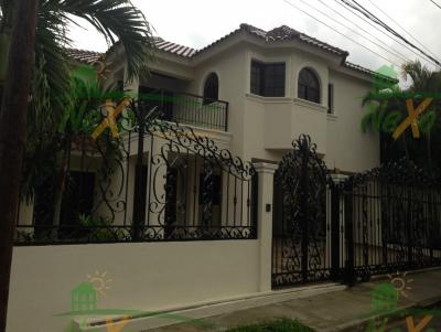 Bellisima Casa Urbanizacion Cerro Alto