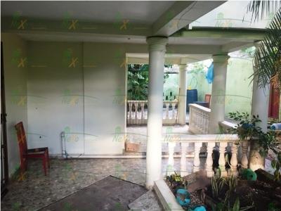 Casa ubicada próximo Gurabito Country Club Santiago