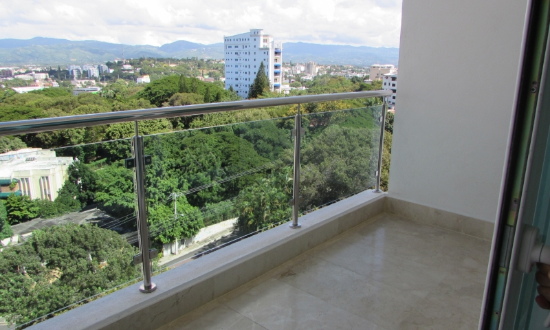 Apartamento en torre de 195 mts en la Trinitaria