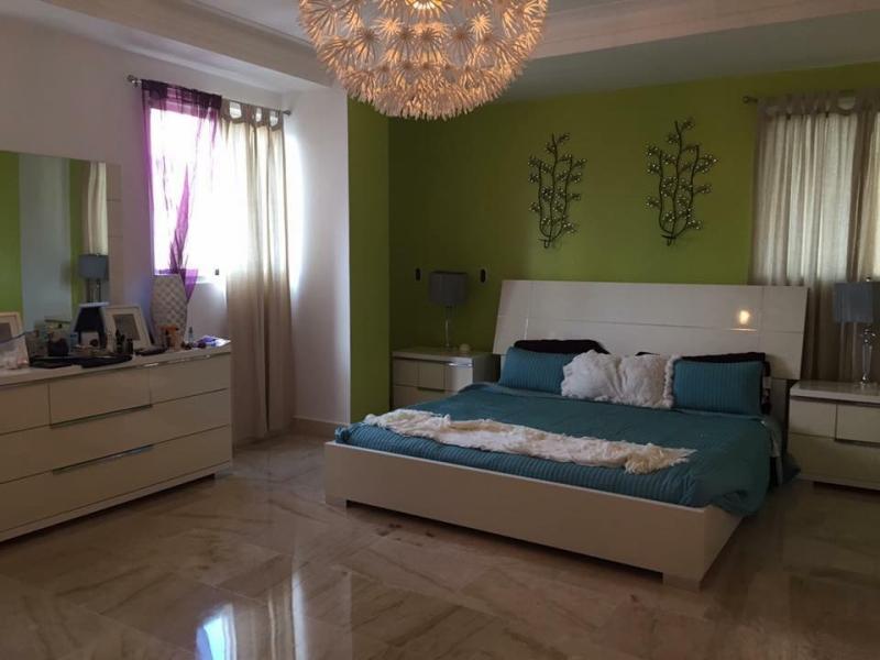 Apartamento con ascensor de 243 mts en Villa Olga