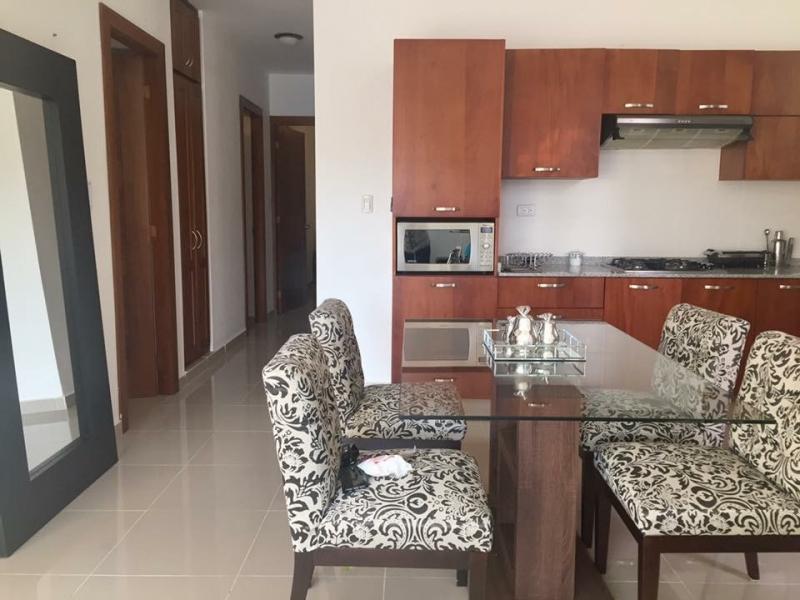 Apartamento en primer nivel con Patio privado Cerro Hermoso