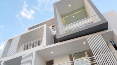 Penthouse de 190mts con area de terraza abierta y estar familiar