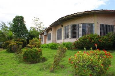 Villa en Alto Carinagua