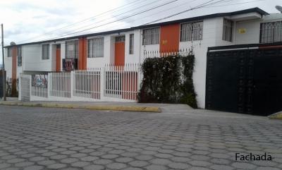 Casas de venta Vía Marianitas, sector Vilcabamba de Calderón, 134m2 , Inf: 2353232, 0997592747