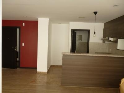 Arriendo Departamento de 2 dormitorios, 2 baños, 2 garajes ave. Granda Centeno