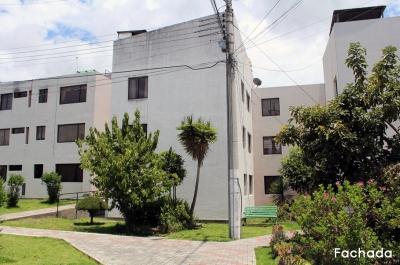 Dos Hemisferios, arriendo departamento 3 dormitorios, segundo piso, remodelado $250 Inf: 2353232, 0997592747, 0992758548