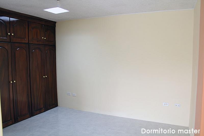 Arriendo departamento en Carcelén, Calle Francisco Sánchez, nuevo $280 Inf: 2353232, 0997592747, 0992758548