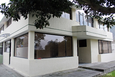 Casa La Pampa, adosada, arriendo, 155m2 $350, parqueadero amplio 2353232, 0997592747, 0992758548
