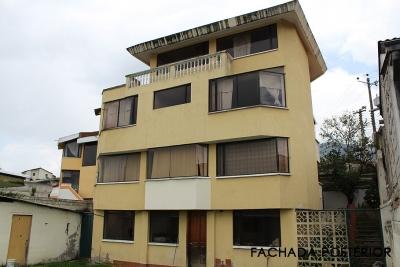 Mena del Hierro, propiedad amplia de 5 dormitorios, terraza, subsuelo, patio amplio $199.000 Inf: 2353232,0997592747,0958838194