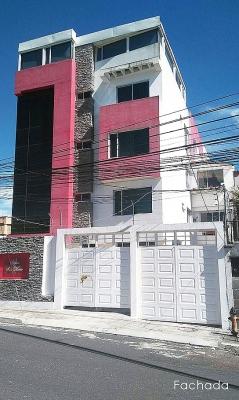 Ponceano, vendo departamento amplio,planta baja, 2 parqueaderos $99.500 Inf: 2353232,0997592747,0958838194