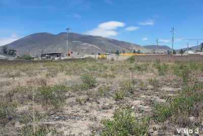 Vendo terreno Mitad del Mundo, Cooperativa Huasipungo, esquinero, plano con cerramiento 1.742m2 al mejor precio $87.000 2353232,0997592747