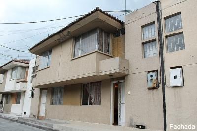 Casa Ciudad del Sol, Cerca a Cemexpo y a nuevo supermercado Aki Mitad del Mundo $67.000  Ventas: 2353232,0997592747,0958838194