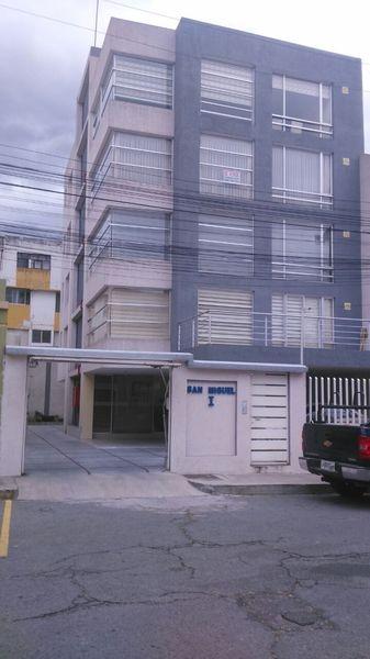 VENDO HERMOSA, FUNCIONAL Y BIEN UBICADA SUITE, CENTRO NORTE QUITO