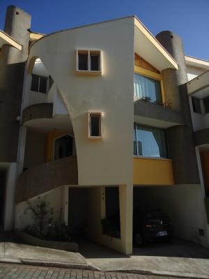 Bonita Casa en Conjunto Privado