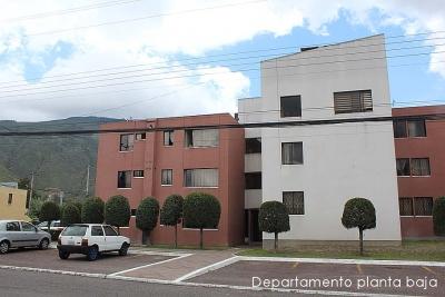 Dos Hemisferios, vendo departamento 3 dormitorios,remodelado, planta baja $55.000 2353232,0997592747,0958838194