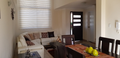 Casa en conjunto de venta, sector Tumbaco Cerca al Santa María
