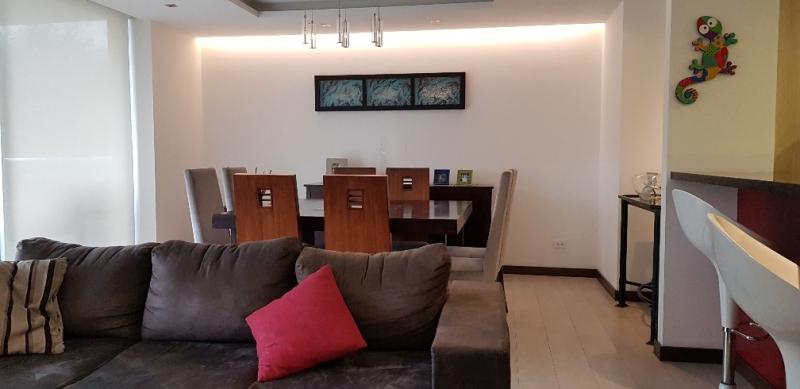 Departamento de venta 4 dormitorios. Lomas de Monteserrín