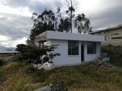 Hermosa casa en Yaruqui