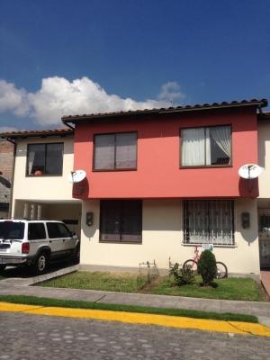 Casa de venta sector San Carlos