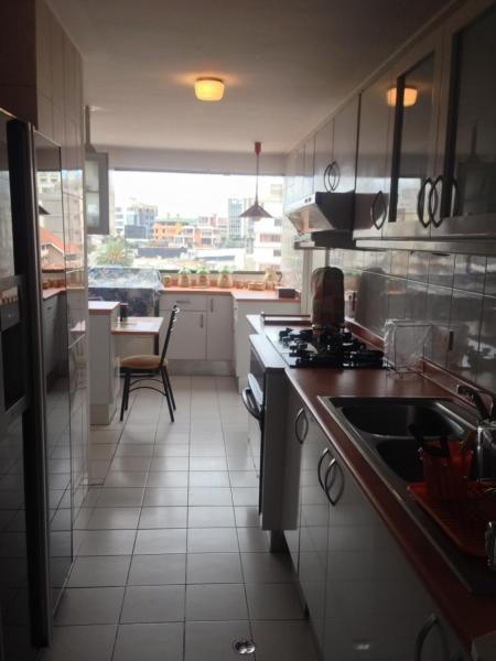 Quito Tenis Departamento Venta 3 dormitorios  $ 320000