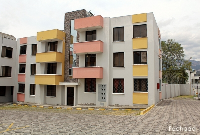 Departamento Pusuqui,conjunto Villanueva, 3 dormitorios, segundo piso $73.000 Inf: 2353232,0997592747,0958838194