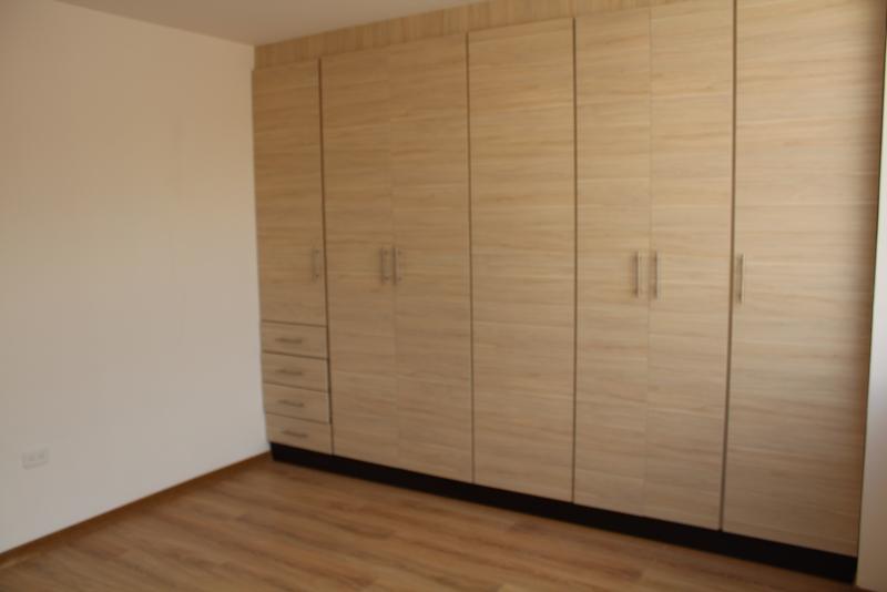 Departamento Urbanización del Arquitecto, Pusuqui, por estrenar, 120m2 $99.000 Inf: 2353232, 0997592747, 0958838194