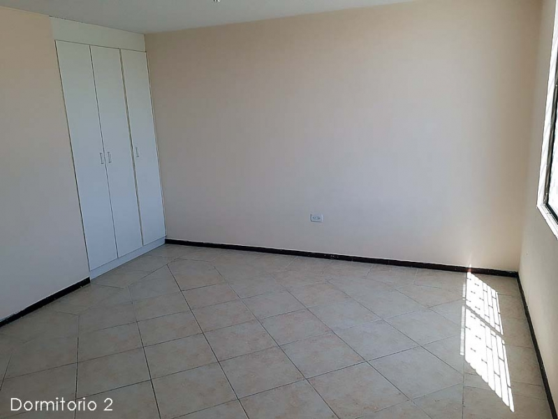 Casa Pomasqui, conjunto La Campiña de 3 pisos, 106m2, piscina comunal $87.000 Ventas: 2353232,0997592747,0958838194
