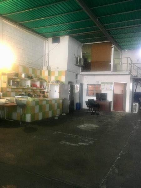 Castillito - Locales Industriales y Galpones