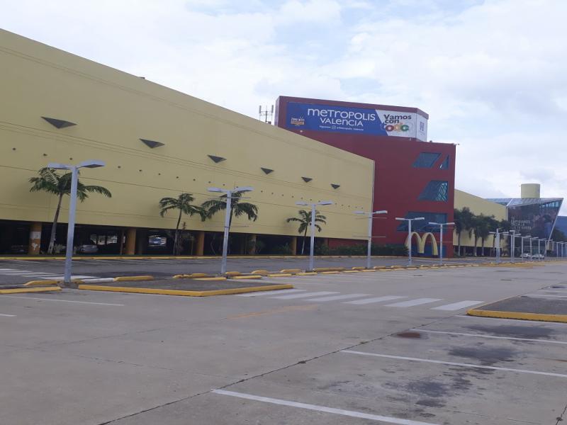 Castillito - Locales Comerciales