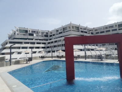 RE/MAX VENDE HERMOSO PENT-HOUSE EN EXCLUSIVO CONDOMINIO CON MARINA Y MUELLE PRIVADO