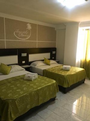 Excelente Hotel de lujo, (HOTEL BAYWATH)