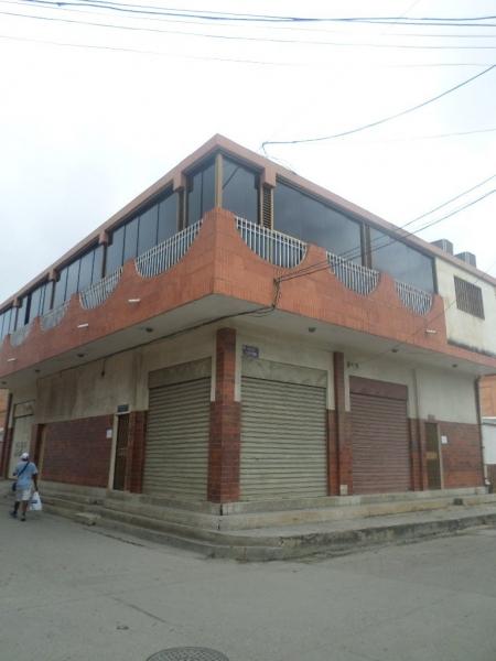 Tucacas - Edificios