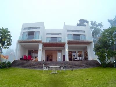 Casa exclusiva y moderna