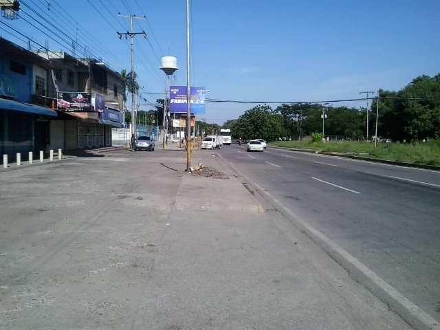 Intercomunal Turmero Maracay - Locales Comerciales