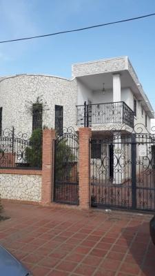 CASA TOWN HOUSE EN VENTA URB LA COROMOTO ZONA SUR