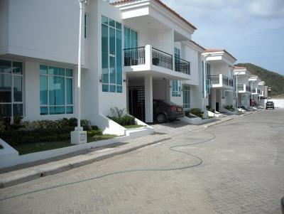 Casa en venta rentando en Rodadero Santa Marta